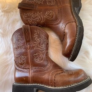 Ariat Fatbaby Brown Distressed Cowboy Boots Sz 7B